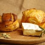 Burgonyás és sajtos pogácsa