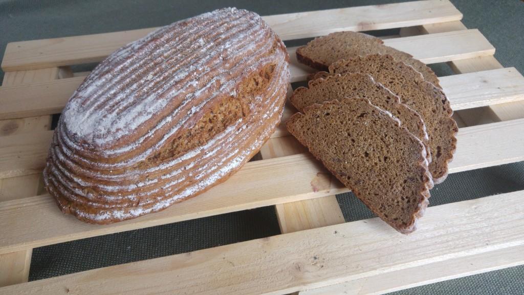 Alpesi rozsos kenyér